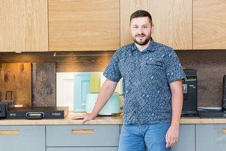«Вам качественно или дешево?» — интервью с директором компании Dommel, занимающейся производством корпусной мебели