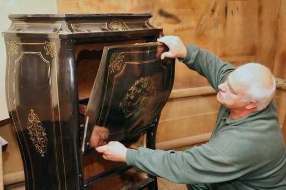 Как отреставрировать полированную мебель своими руками