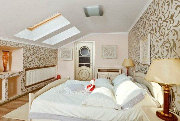 Modern art bedroom