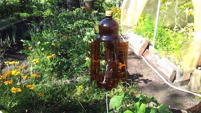 Вертушка из пластиковых бутылок своими руками