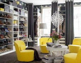 Гипермаркет на диване, или Как обустроить гардеробную комнату