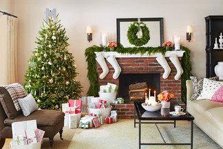Праздник в вашем доме: ставим елку, декорируем интерьер и радуемся первому  снегу