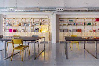 Офис в Барселоне: «складские» будни на 300 кв.м.