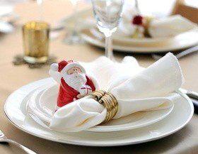Сервируем новогодний стол красиво, или Как сложить салфетки?