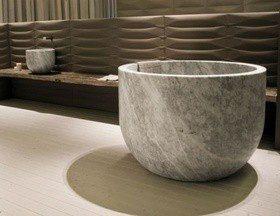 Как выбрать каменную ванну?