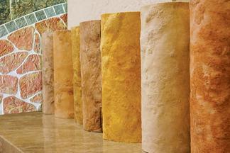 Гарантия 50 лет и никакой плесени: что нужно знать об отделке стен гибким мрамором