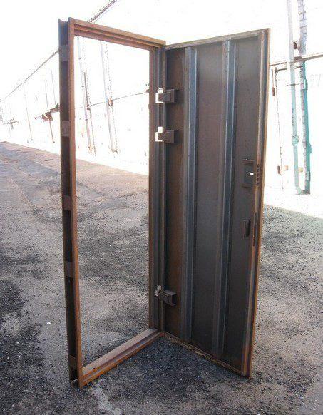 металлические двери накладные из уголка