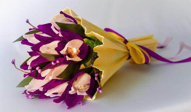 Тюльпан своими руками из конфет фото 827