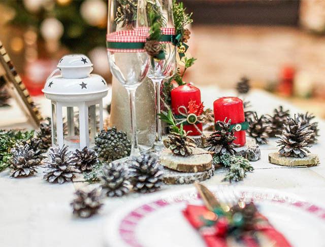 Новогоднее украшение на стол своими руками 42
